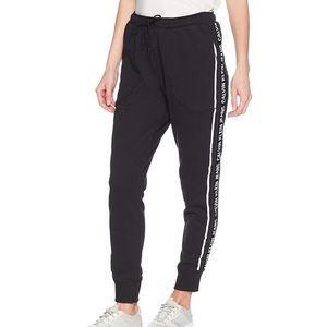 BNWT Calvin Klein jogger pants with logo tape, M
